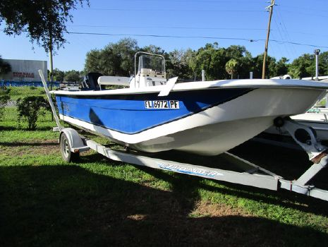 2011 Carolina Skiff DLV SERIES DLV 198