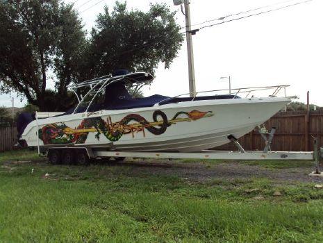 2006 Donzi 38 ZFX Cuddy Starboard Side View