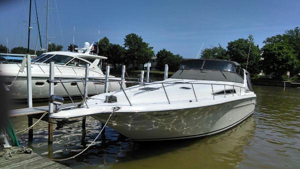 1991 Sea Ray 420 Sundancer (diesel)