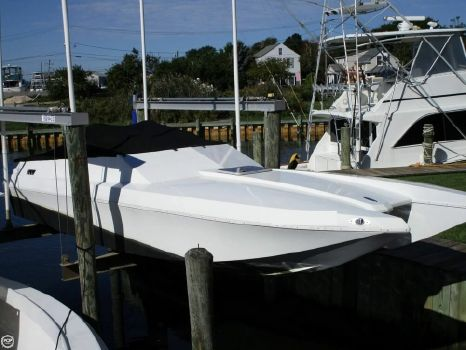 1988 Cougar Offshore Tunnel 1988 Cougar Offshore Tunnel for sale in Sayville, NY