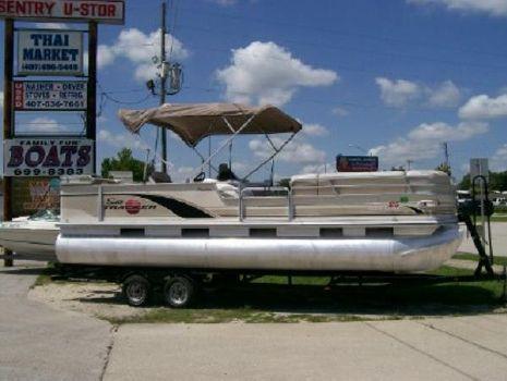 2001 Sun Tracker 25 Parti Barge