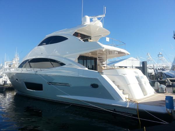2015 Viking Yachts 75 Motor Yacht