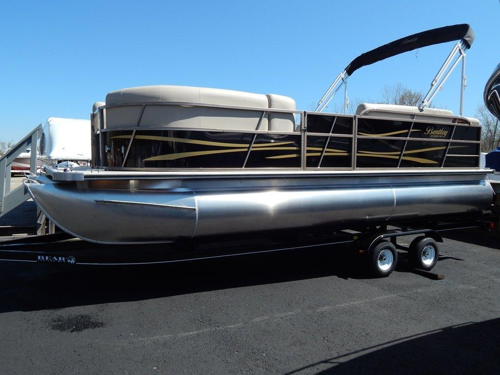 2016 Bentley Pontoons 220 Cruise SE