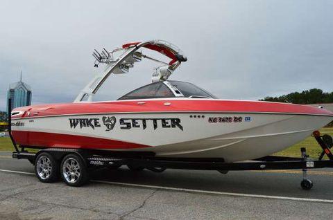 2011 Malibu Wakesetter 247 LSV