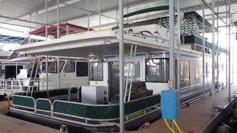 1998 Sumerset Houseboat 64 x 16