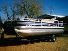2015 SUN TRACKER Fishin' Barge 20 DLX