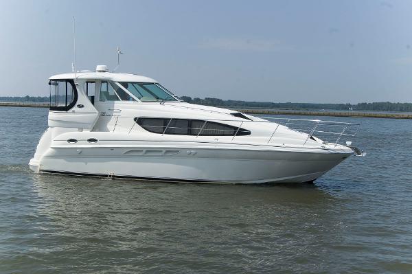 Used 2004 SEA RAY 390 Motor Yacht, Kent Island, Md - 21638 - BoatTrader.com