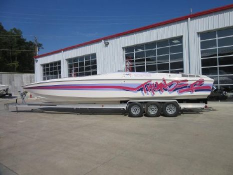 1993 Wellcraft 38 SCARAB THUNDER