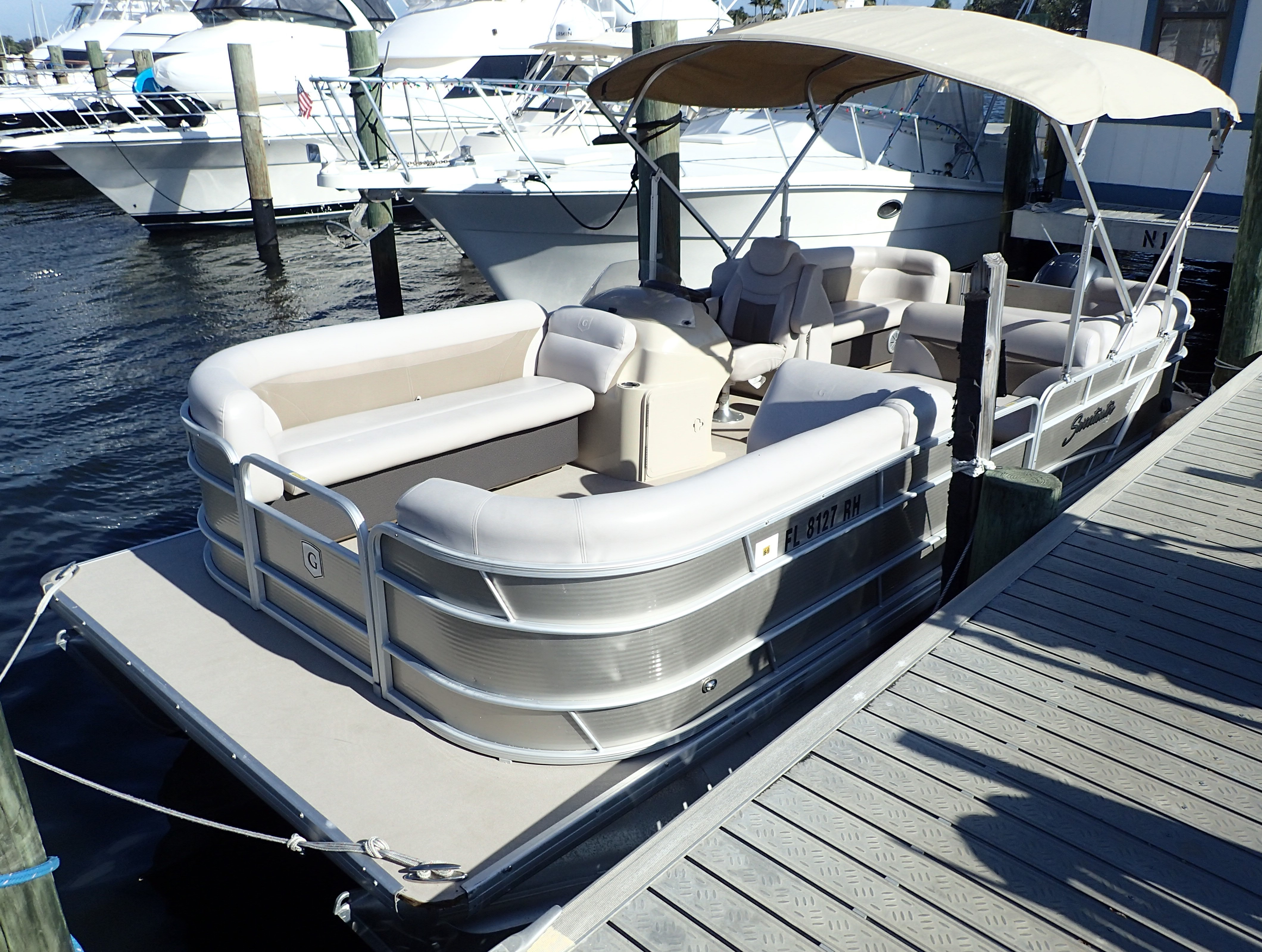 Tritoon For Sale >> Check Out This 2017 Sweetwater 2286 Tt 25 Tritoon On Boattrader Com