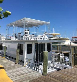2016 Catamaran Cruisers 12' x 42'