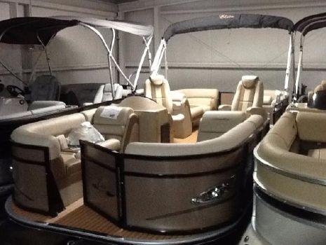 2018 Bentley Admiral 223 Elite