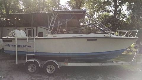 1985 Sea Craft Cuddy Cabin