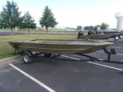 Cabela's Boating Center - MITCHELL - Boat Dealer In Mitchell