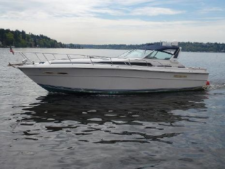 1988 Sea Ray 390 Sundancer Profile