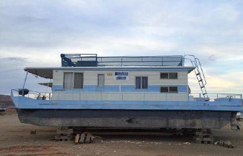 1979 Master Fabricator Pontoon Houseboat