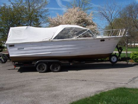 1983 Skiff Craft X-240