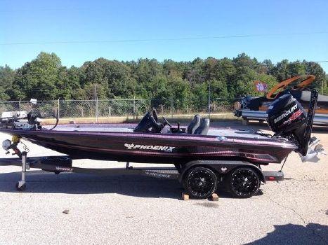 2017 Phoenix Bass Boats 920 ProXP