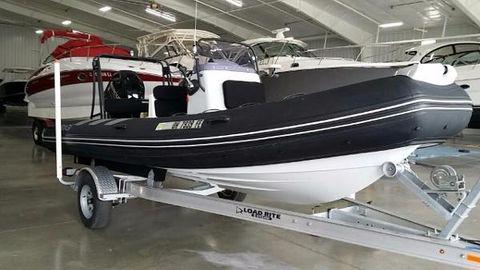 2013 Brig 570 Navigator