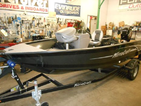 2016 MirroCraft Outfitter 1677-O