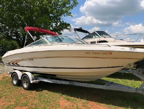 1998 SEA RAY 210 Signature