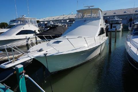 1997 Ocean Yachts 48 Super Sport Profile