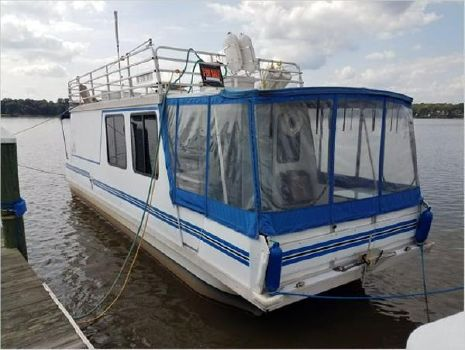 2004 Catamaran Cruisers Houseboat