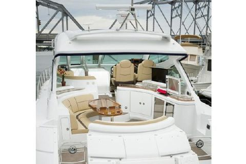 2014 Cruisers Yachts 540 Sports Coupe Manufacturer Provided Image