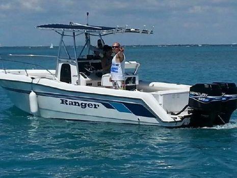1998 Ranger 250C Sportfisherman