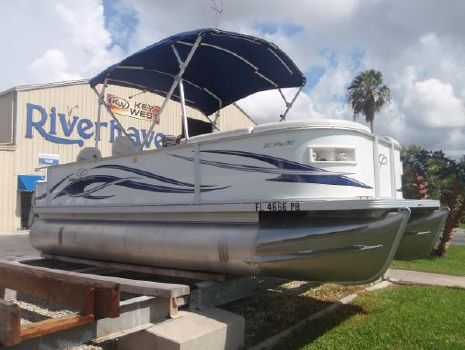2009 Crest Pontoon Boats 20 Pro R