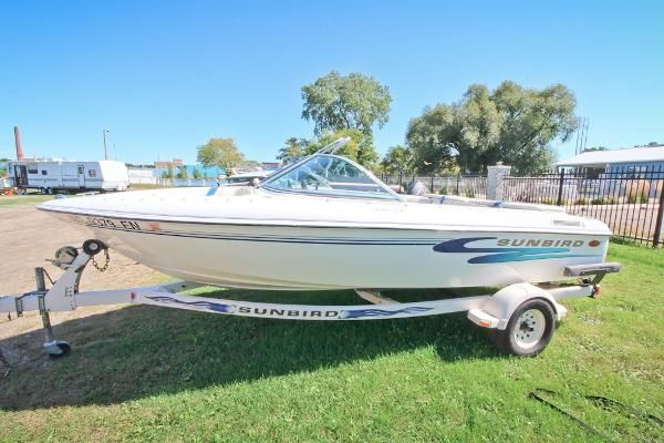 Sunbird bowrider new and used boats for sale for Fish and ski boats for sale craigslist