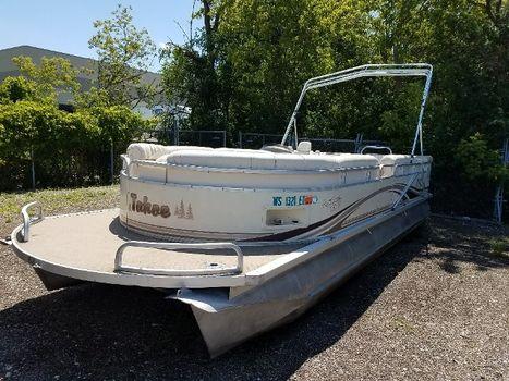 2000 Tahoe 25