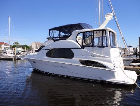 2002 Silverton 43 Motor Yacht Profile