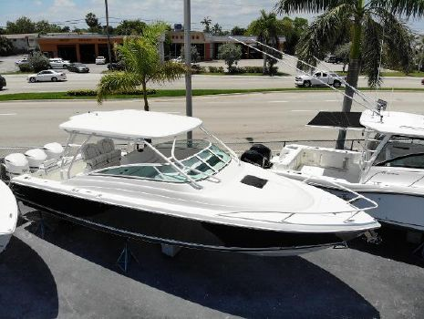 2016 JUPITER 34 LX Express Cuddy