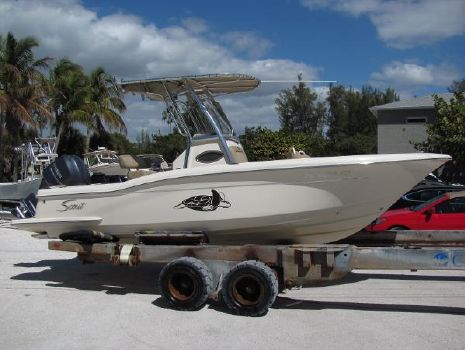2013 Scout 225 XSF Center Console