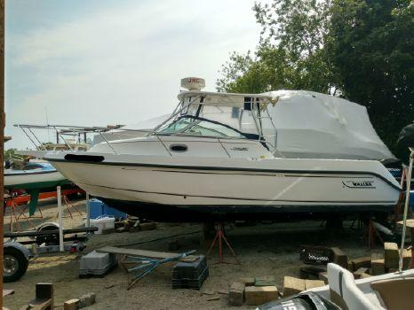 2002 Boston Whaler 275 Conquest