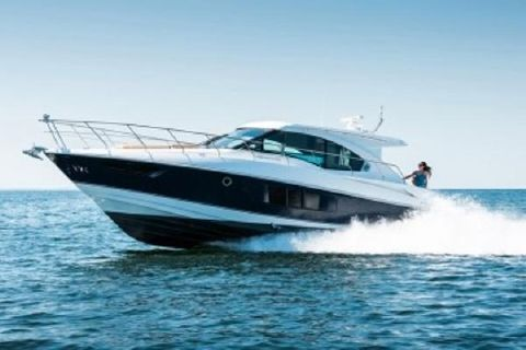 2015 Cruisers 45 Cantius Manufacturer Provided Image