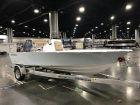 2018 SPORTSMAN Masters 207 Bay Boat