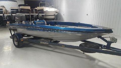 1987 Champion Boats
