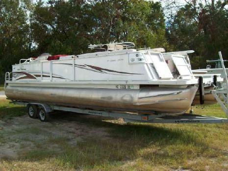 2006 Crest Pontoon Boats Crest III Classic 30