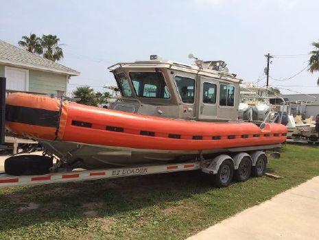 2006 Safe Boat Defender 25