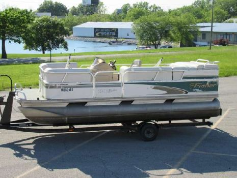 1999 Fisher Freedom 180