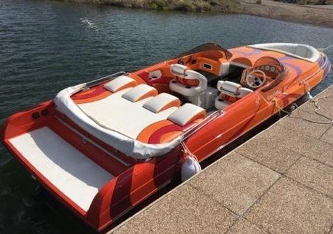 2006 Kachina Boats 30' Drone