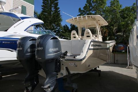2015 Grady-White 306 CANYON Starboard profile