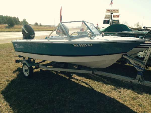 Crestliner fishing boats for sale used boats on oodle for 14 ft fishing boat