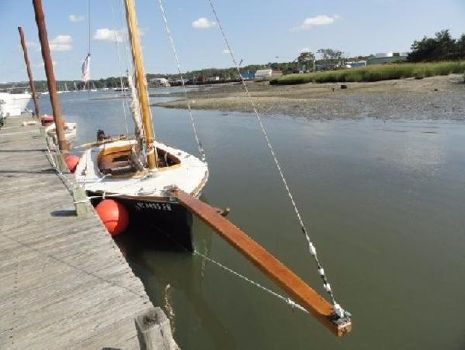 1980 Crosby Boat Works Oyster Sloop
