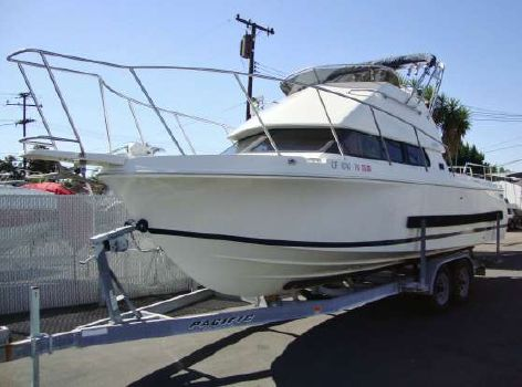2002 Skipjack 262 Fly Bridge
