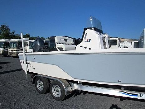 2016 Wellcraft 221 Bay