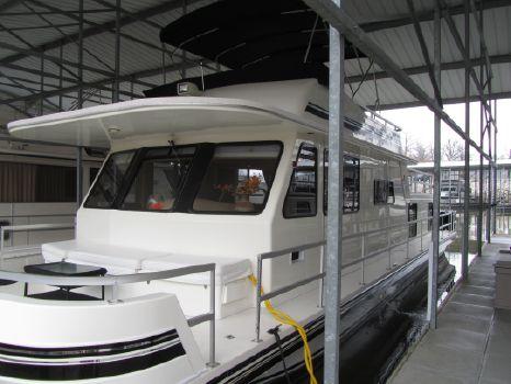 2005 Gibson Cabin Yacht