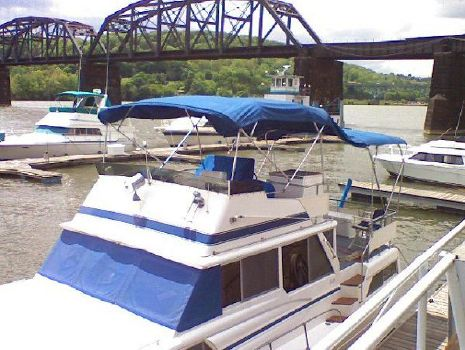 1983 Marinette 39 Double Cabin 1983 Marinette 39 Double Cabin for Sale by Great Lakes Boats & Brokerage 440 221 9001