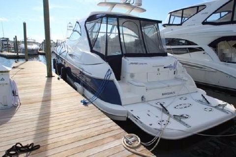 2006 Cruisers Yachts 560 Express Port Side